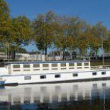 Péniche Grand Large sur le canal st félix à Nantes.Notre base pour le lancement de notre opération collecte
