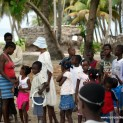 Les enfants de Cayes  l&rsquo;eau
